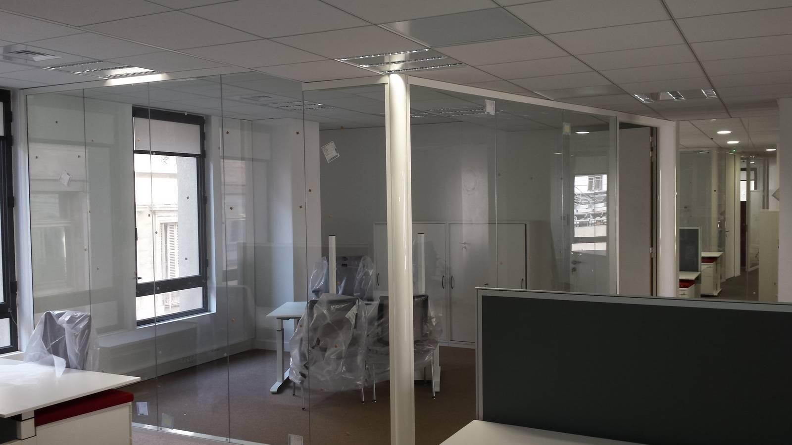 agencement de bureaux d 39 entreprise aix en provence. Black Bedroom Furniture Sets. Home Design Ideas